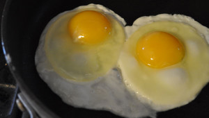 Runny eggs shouldn't make you nervous if you're cooking with Safest Choice!