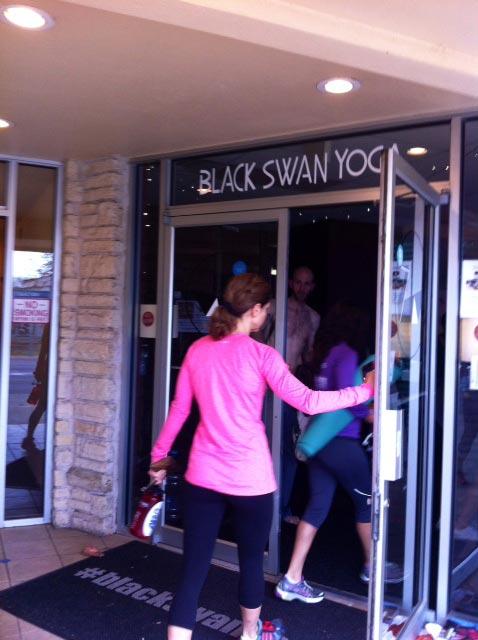 black-swan-yoga