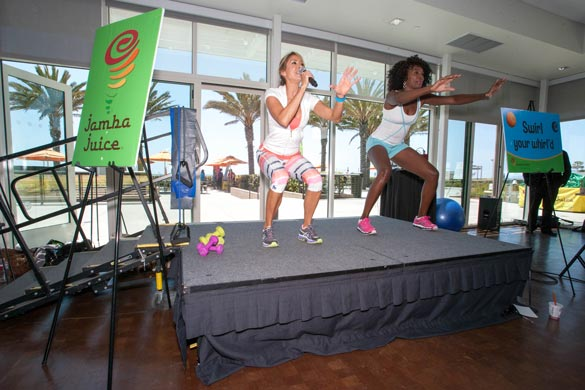 Jamba-FITrends---Venus-and-Samantha-Monus-(her-personal-trainer)-lead-a-tennis-inspired-workout