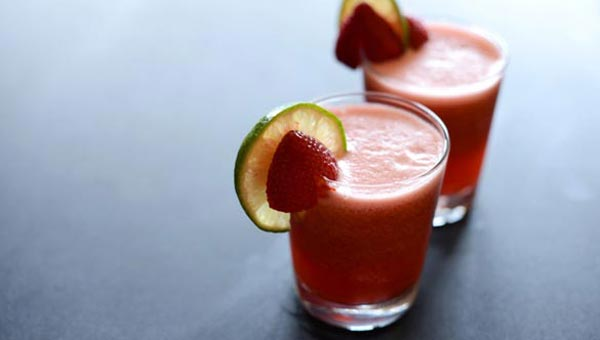 Jazz Up Your Water With This Strawberry Lime Agua Fresca Recipe