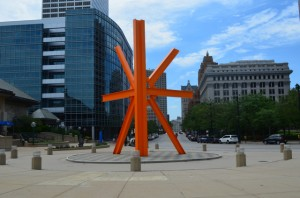 "di Suvero, ""The Sunburst"" in downtown Milwaukee"