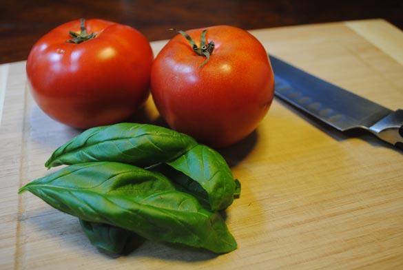 gluten-free-focaccia-basil-tomatoes