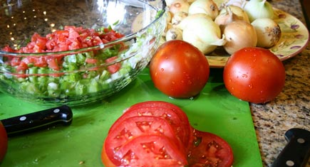 homemade-salsa-435