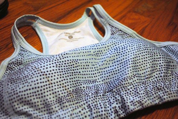 jenn-favorite-workout-outfit-sports-bra-front