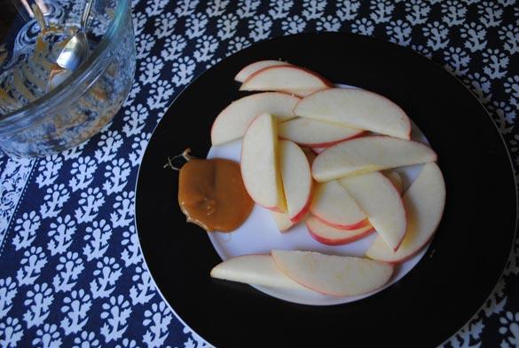 salted-caramel-apples