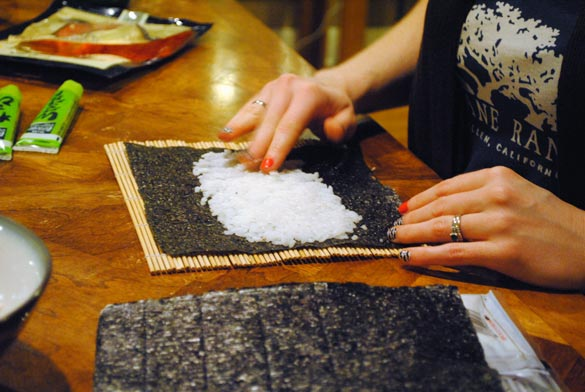 sushi-rolling