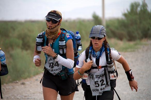 Desert Runners. Amazing.