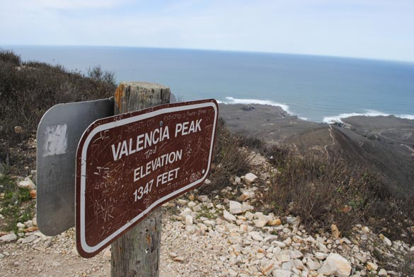 valencia-peak-top-sign