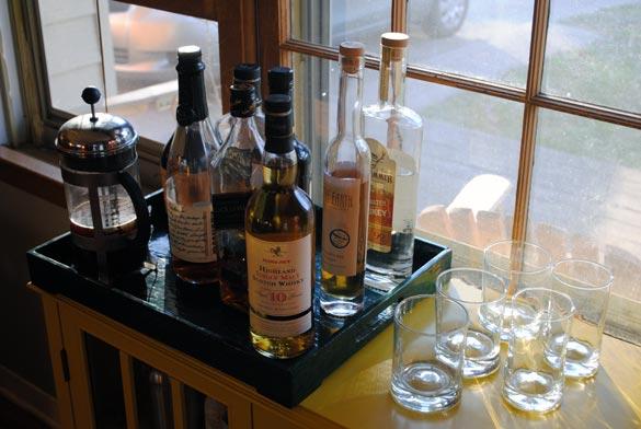 friend-feast-liquor