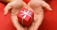 9 Easy Ways to Give the Gift of Health