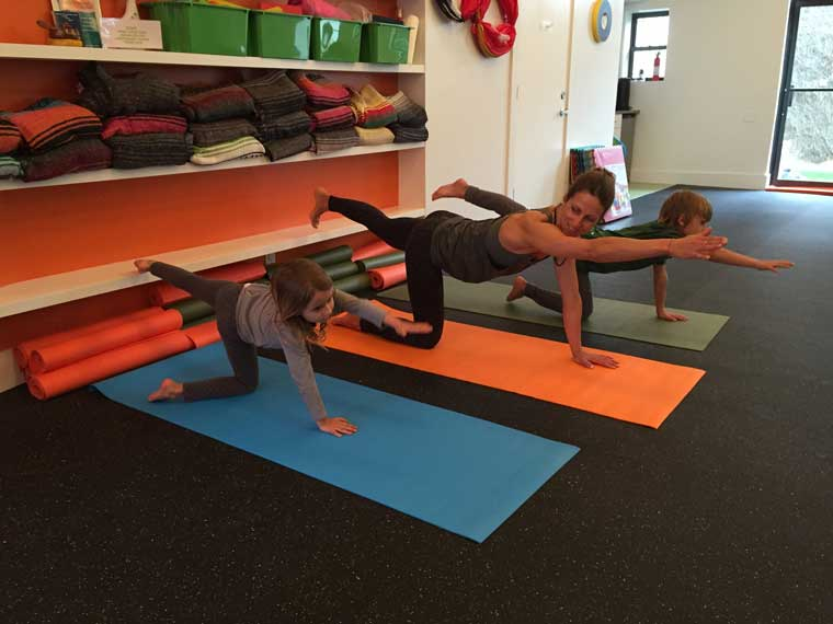 yoga-poses-for-kids-table-top-ext