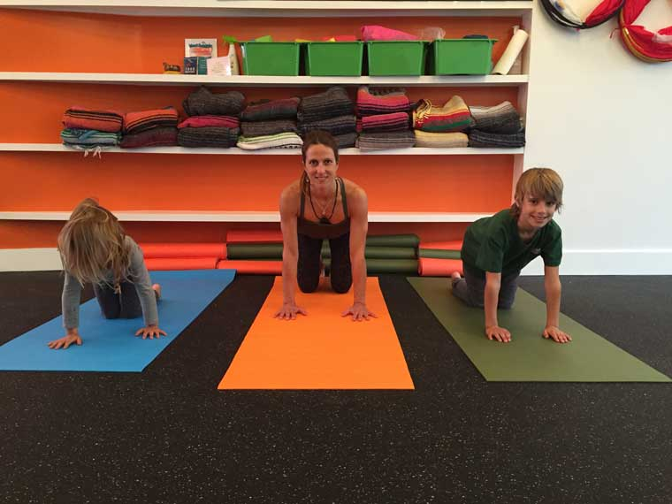yoga-poses-for-kids-table-top