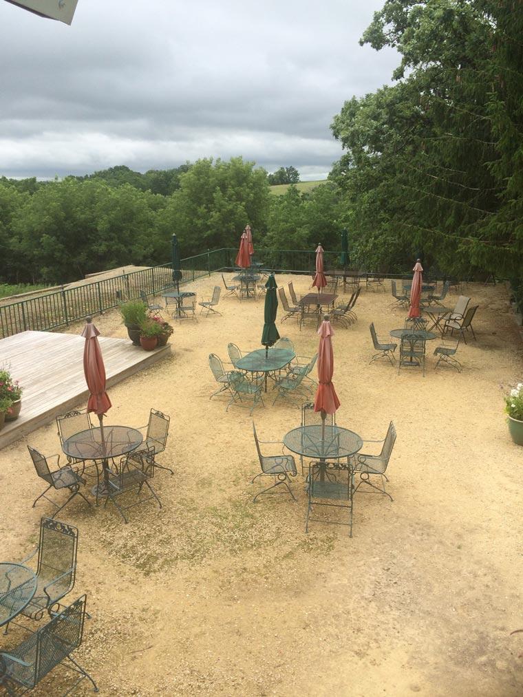 wisconsin-wine-picnic-area
