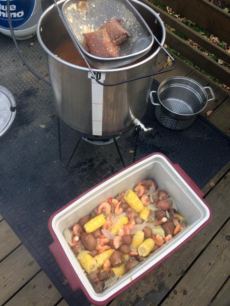 friend-feast-boil-cooler