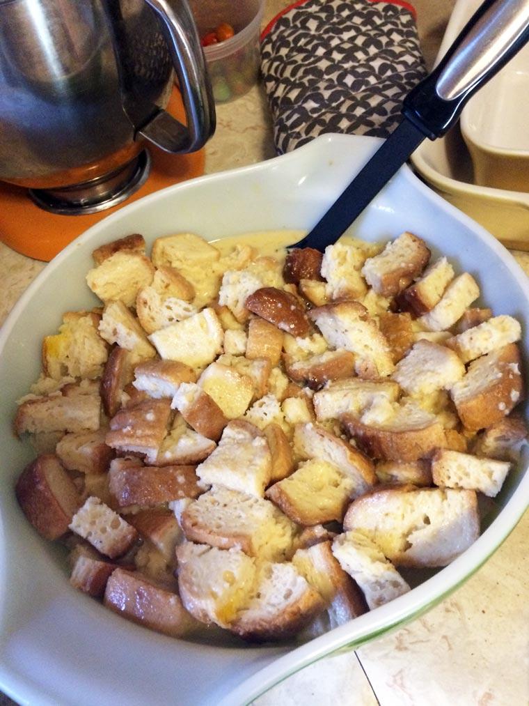 friend-feast-bread-pudding