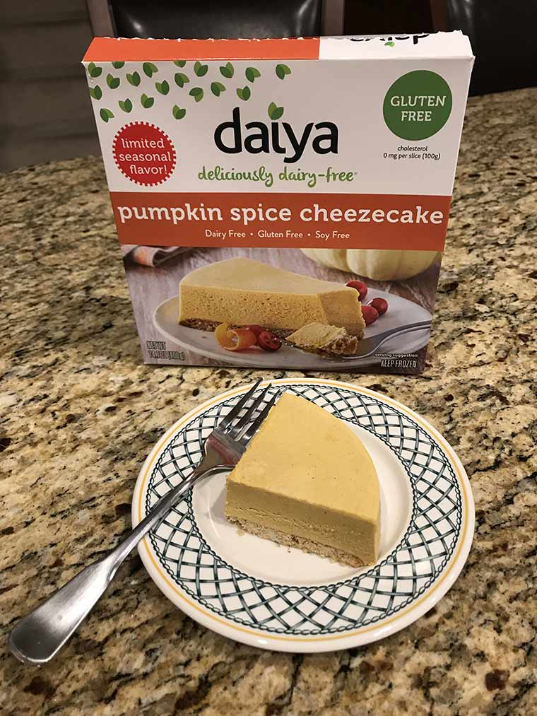 pumpkin spice daiya cheezecake
