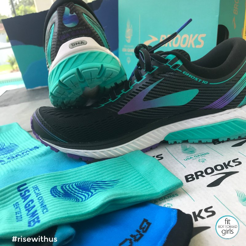 e47ca0411cd Our Feet Rise and Fall Together With Brooks Running - Fit Bottomed Girls